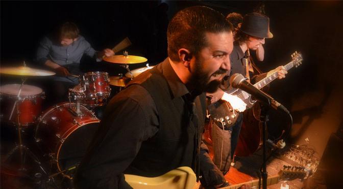 Hat Man Session dans le Blues Café Live