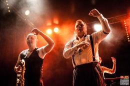 Peter Kehl (trumpet), Hans Nybo Jørgensen (saxophone). Thorbjørn Risager & the Black Tornado @ 4ème Blues Party, Les Jardins du Millenium, l'Isle d'Abeau (France), 04.06.2016. (c) Christophe Losberger