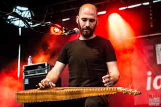 Aymeric Maini (vocals, guitar, Weissenborn). Aymeric Maini @ 5ème Blues Party, Les Jardins du Millenium, l'Isle d'Abeau (France), 10.06.2017. (c) Christophe Losberger