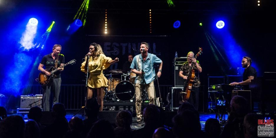 Bonita Niessen (vocals), Andreas Arlt (guitar), Michael Arlt (vocals, harmonica), Henning Hauerken (bass), Andre Werkmeister (drums), Fabian Fritz (keyboards). Bonita and the Blues Shacks @ 5ème Blues Party, Les Jardins du Millenium, l'Isle d'Abeau (France), 10.06.2017. (c) Christophe Losberger
