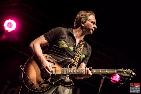 Andreas Arlt (guitar). Bonita and the Blues Shacks @ 5ème Blues Party, Les Jardins du Millenium, l'Isle d'Abeau (France), 10.06.2017. (c) Christophe Losberger