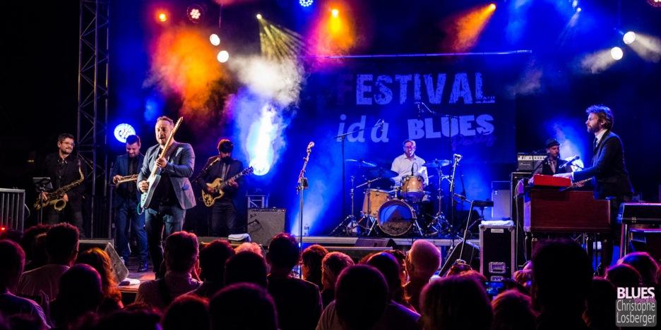 Arnaud Fradin (vocals, guitar), Laurence Le Baccon (vocals), Pierre-Marie Humeau (trumpet), Sylvain Fetis (saxophone), Eric Chambouleyron (guitar), Richard Housset (drums), Igor Pichon (bass), Damien Cornélis (keyboards). Malted Milk @ 6ème Blues Party, Les Jardins du Millenium, l'Isle d'Abeau (France), 09.06.2018. (c) Christophe Losberger